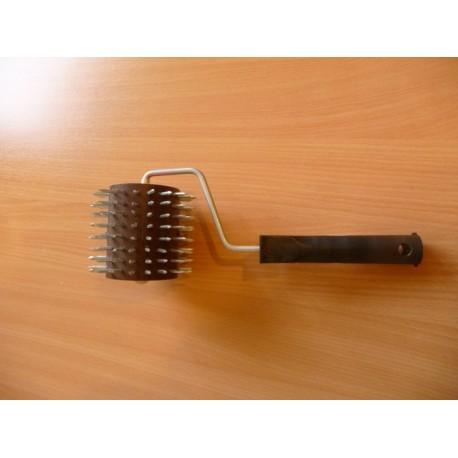 Méhsejtszaggató henger fém tüskékkel, kicsi